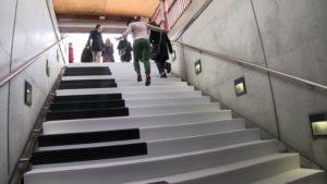 escalier piano montée aperçu